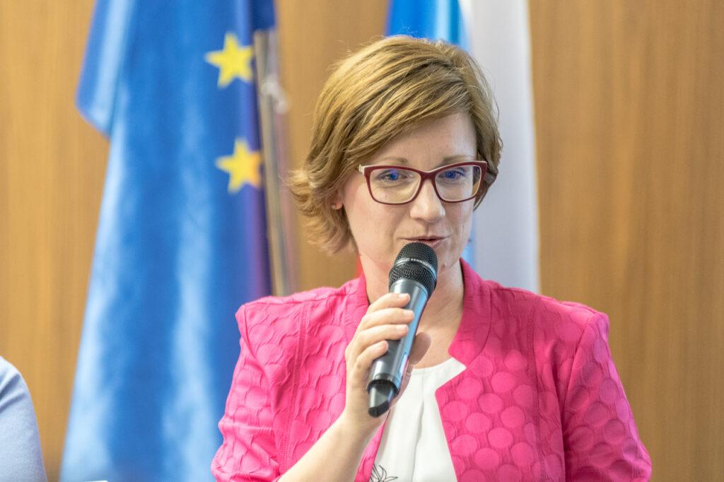 Kristina M. Pučnik, lektorica in jezikovna svetovalka, predsednica Lektorskega društva Slovenije